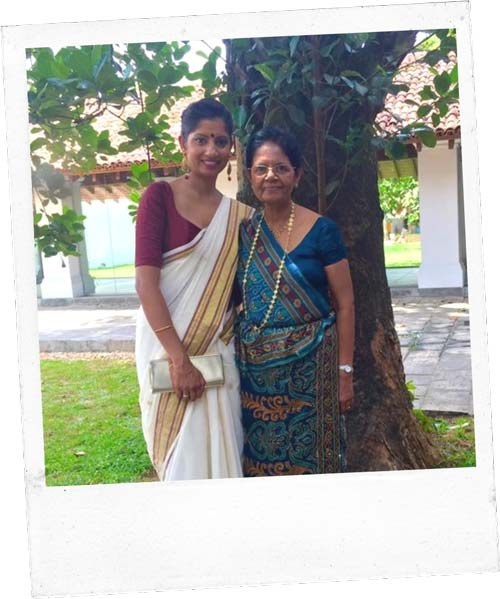 Photo of Poorni and her mother